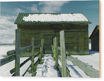 Wood Print featuring the photograph Walkway To An Old Barn by Jeff Swan