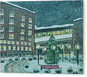 Waltham Hospital On Hope Ave Wood Print
