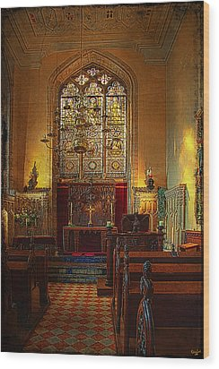 Warwick Castle Chapel Wood Print by Chris Lord