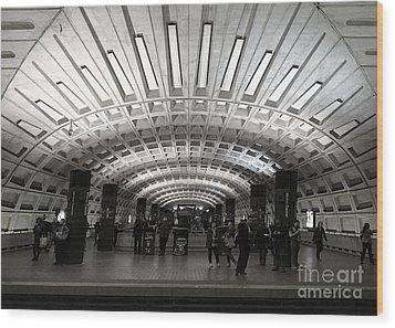 Washington Dc Metro Metro Center Stop Wood Print