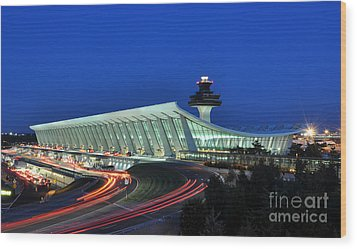 Washington Dulles International Airport At Dusk Wood Print by Paul Fearn