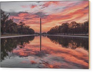 Washington Monument Sunrise Wood Print