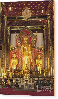Wat Chedi Luang Wora Wihan Wood Print by Greg Vaughn - Printscapes