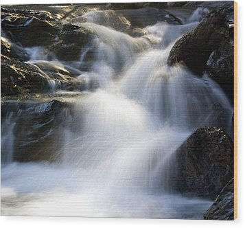 Water In Motion Wood Print by Alan Raasch