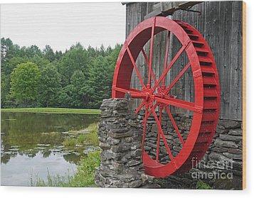 Water Wheel Vermont Wood Print by Edward Fielding