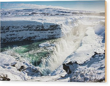 Waterfall Gullfoss Iceland In Winter Wood Print by Matthias Hauser