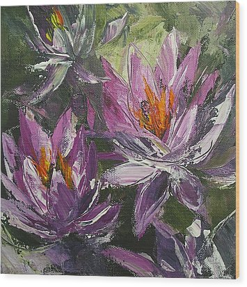 Wood Print featuring the painting Waterlilly by Chris Hobel