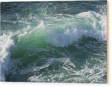 Wave At Montana De Oro Wood Print