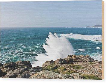 Wave Like Quartz Wood Print by Terri Waters