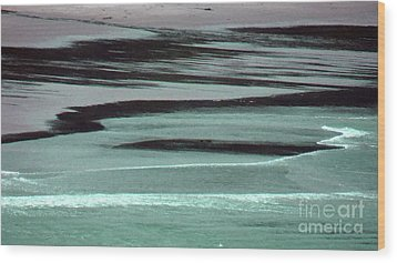 Waves On The Beach Wood Print by Methune Hively