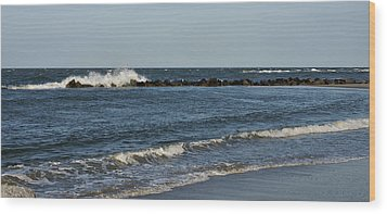 Wood Print featuring the photograph Waves by Sandy Keeton