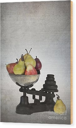 Weighing Pears Wood Print by Jane Rix