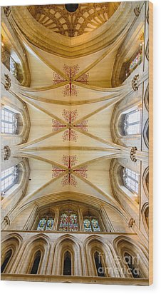 Wells Cathedral Ceiling Wood Print by Colin Rayner