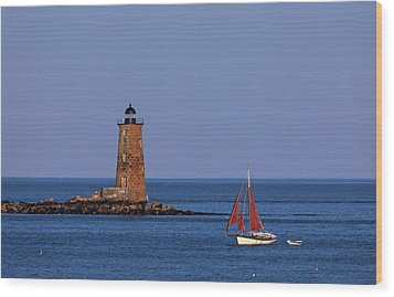 Wood Print featuring the photograph Whaleback Lighthouse And Sailboat by Juergen Roth