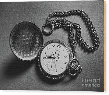 What Is The Time? Wood Print by Jasna Dragun