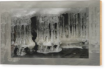 White Grotto. Wood Print by Doug Bratten