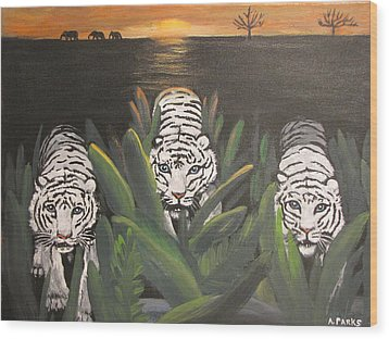 White Tiger Encounter Wood Print