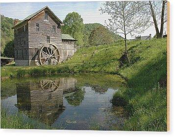 White's Mill Wood Print by Alan Lenk