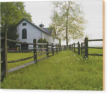 Widener Farms Horse Stable Wood Print by Bill Cannon