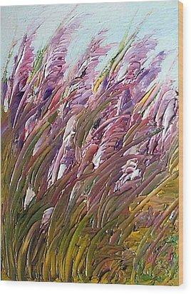 Wild Gladiolas Wood Print by Robert Laper