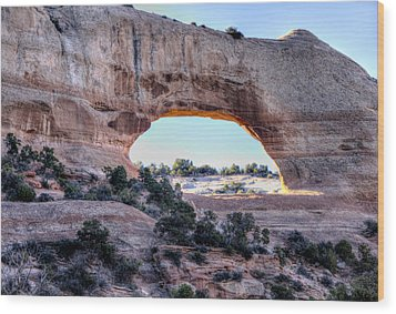Wood Print featuring the photograph Wilson Arch In The Morning by Alan Toepfer