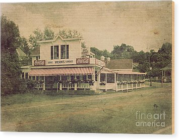 Wilson's Restaurant And Ice Cream Parlor Wood Print by Joel Witmeyer