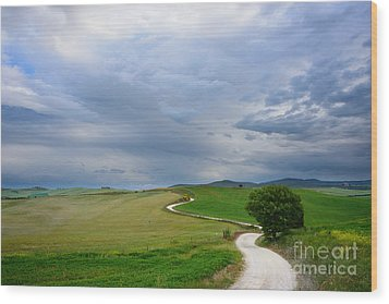 Winding Road To A Destination In A Tuscany Landscape Wood Print