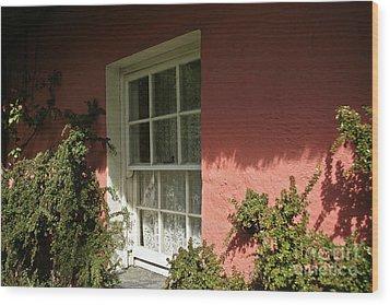 Window In Ireland Wood Print by Christine Amstutz