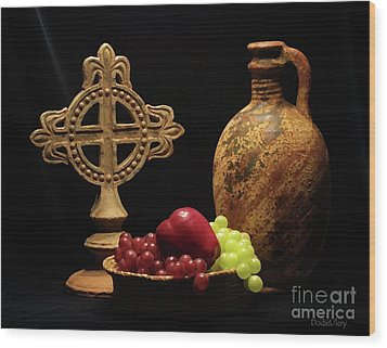 Wood Print featuring the photograph Wine And Fruit by Dodie Ulery