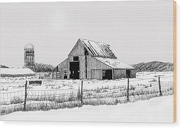 Winter Barn Wood Print by Lyle Brown