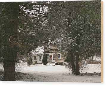 Winter Cottage Wood Print by Gordon Beck
