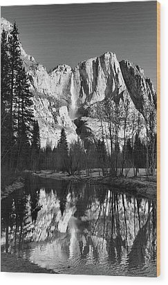 Wood Print featuring the photograph Winter Reflections - Yosemite by Stephen  Vecchiotti