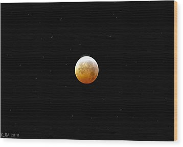 Winter Solstice Lunar Eclipse 2010 Wood Print by Kevin Munro