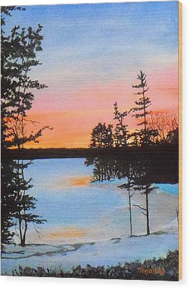 Winter Sunset Laurel Lake Lenox Ma Wood Print by William Tremble