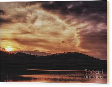 Wood Print featuring the photograph Winter Sunset by Thomas R Fletcher