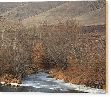 Winter Yakima River With Hills And Orchard Wood Print by Carol Groenen