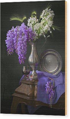 Wisteria And Allium Ursinum Wood Print