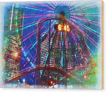 Wonder Wheel At The Coney Island Amusement Park Wood Print by Lanjee Chee
