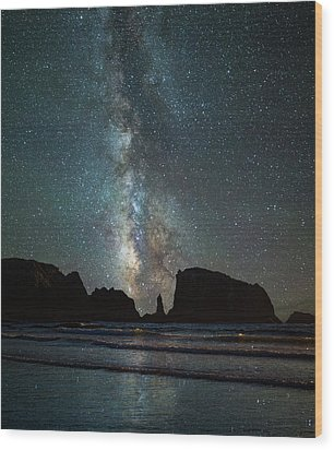 Wood Print featuring the photograph Wonders Of The Night by Darren White