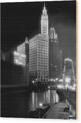 Wrigley And Tribune Buildings Wood Print by Underwood Archives