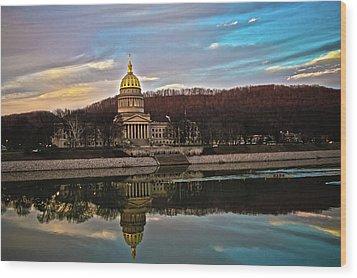 Wv State Capitol At Dusk Wood Print