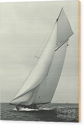 Yacht Columbia 1901 Wood Print by Padre Art