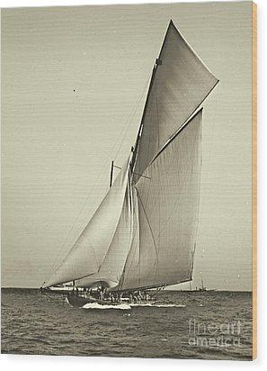 Yacht Shamrock Racing Americas Cup 1899 Wood Print by Padre Art