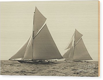 Yachts Valkyrie II And Vigilant Race For Americas Cup 1893 Wood Print by Padre Art
