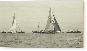 Yachts Valkyrie II And Vigilant Start Americas Cup Race 1893 Wood Print by Padre Art