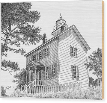 Yaquina Bay Lighthouse Wood Print by Lawrence Tripoli