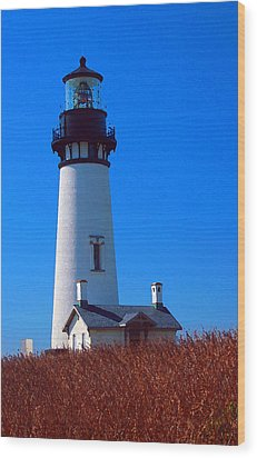 Yaquina Head Lighthouse Wood Print by Margaret Hood