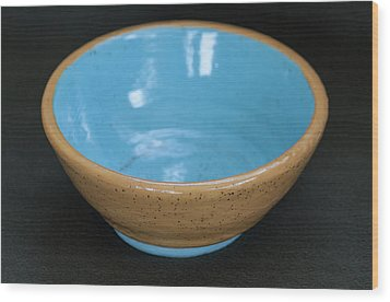 Yellow And Blue Ceramic Bowl Wood Print by Suzanne Gaff