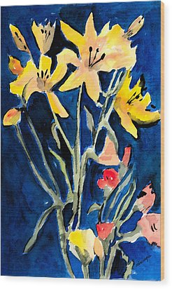 Yellow Daylilies Wood Print by Arline Wagner