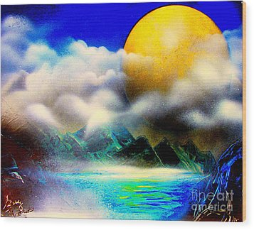 Yellow Moon 4682 E Wood Print by Greg Moores